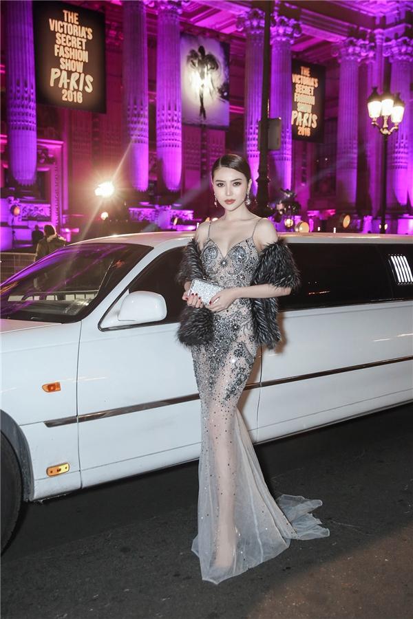 Lê Hà, Ngọc Duyên đẹp hút mắt trên thảm đỏ Victoria's Secret 2016