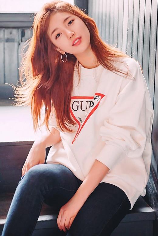 Trưởng thành, xinh đẹp, đáng yêu đều hội đủ ở Suzy. Cô nàng xứng đáng nhận được thật nhiều tình cảm của fan.