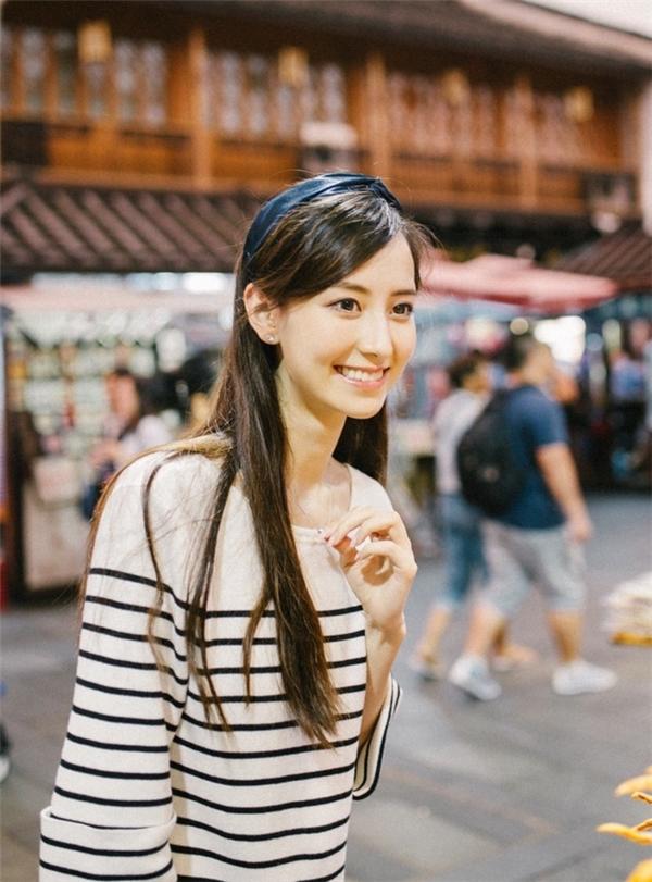 Mỹ nữ Tân Cương với nét đẹp lai của Angela Baby, Đồng Lệ Á