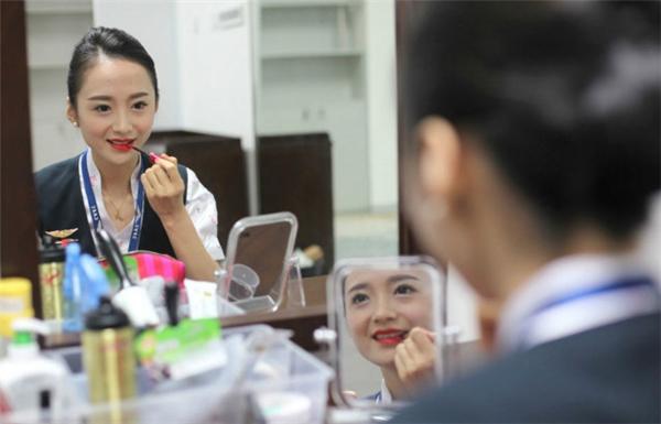 """Liu Miaomiao đã vinh dự nhận được danh hiệu """"Nữ tiếp viên hàng không xinh đẹp nhất thế giới""""."""