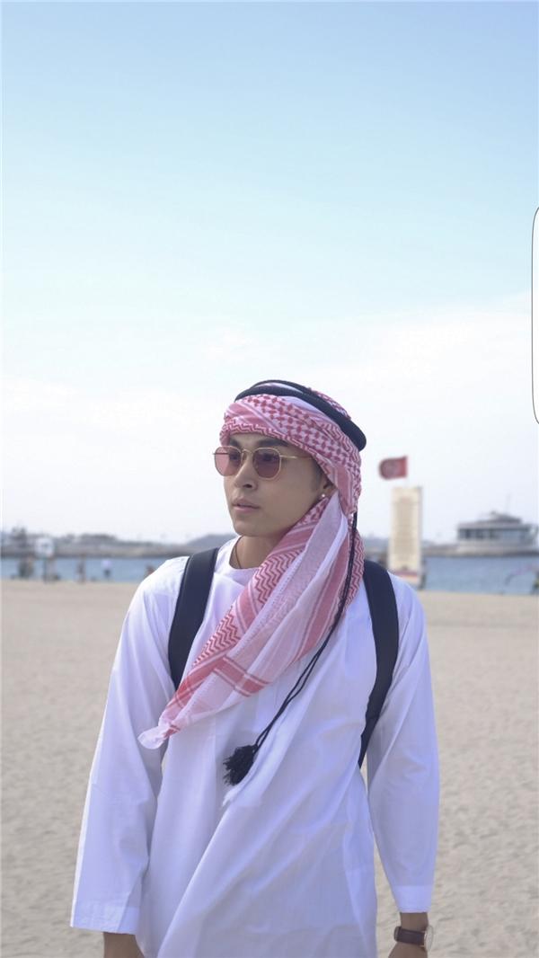 Khi đến Dubai, Jun cho biết con người nơi đây rất hiền hoà và đáng mến. - Tin sao Viet - Tin tuc sao Viet - Scandal sao Viet - Tin tuc cua Sao - Tin cua Sao