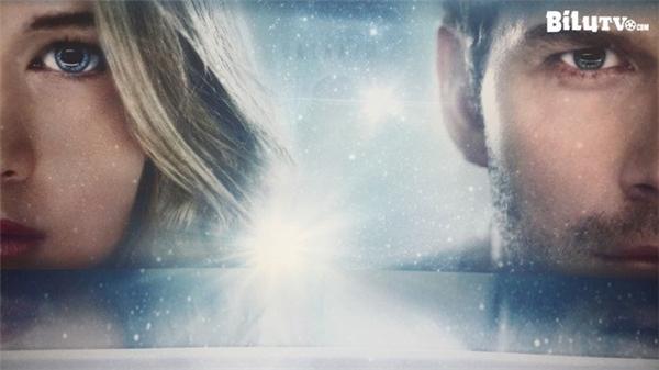 Chuyện phim kể về cặp tình nhân tỉnh dậy sớm hơn so với những người khác và cùng nhau trải qua những thử thách khắc nghiệt.