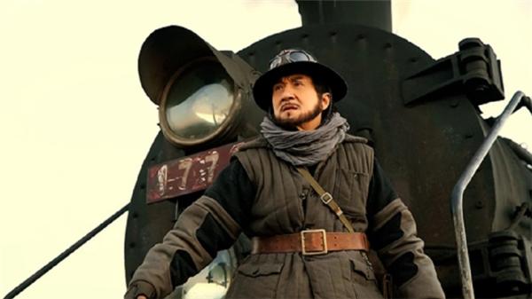 Railroad Tigers là dự án điện ảnh trở lại màn ảnh rộngcủa ngôi sao võ thuật Thành Long sau thời gian dài vắng bóng.