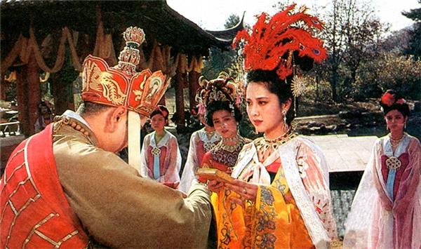 Nữ Nhi Quốc là một trong những kiếp nạn trên đường thỉnh kinh của bốn thầy trò Tôn Ngộ Không.
