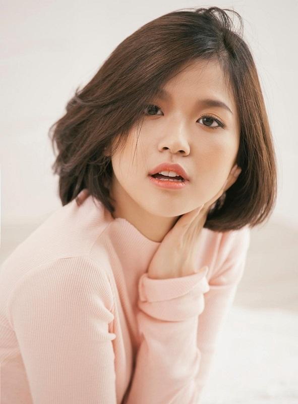 Suni Hạ Linh có gương mặt tựa nữ sinh cấp 2 với làn da trắng hồng như em bé. - Tin sao Viet - Tin tuc sao Viet - Scandal sao Viet - Tin tuc cua Sao - Tin cua Sao
