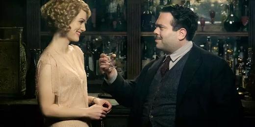 """Cô phù thủy Queenie đã phải lòng anh chàng """"cute-hết-cỡ"""" này mất rồi!"""