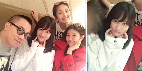 Cô nàng đọ sắc trẻ trung cùng Tiểu Long Nữ - Trần Nghiên Hy trong tấm hình selfie