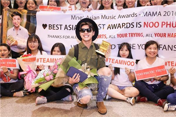 Giải thưởng Nghệ sĩ châu Á xuất sắc nhấttại MAMA 2016 giành cho Noo Phước Thịnh được nhận xét là hoàn toàn xứng đáng. - Tin sao Viet - Tin tuc sao Viet - Scandal sao Viet - Tin tuc cua Sao - Tin cua Sao