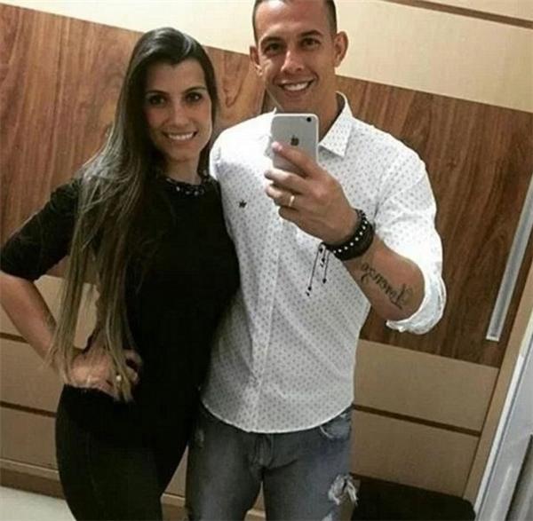 Cầu thủDanilo, người đã qua đời trong bệnh viện cùngvới vợ Laticia. (Ảnh: Instagram)