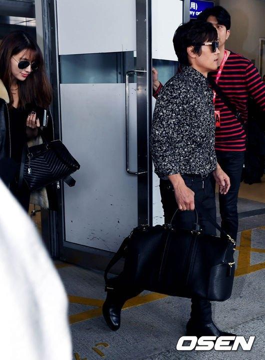 Lee Byung Hun thoải mái tình tứ với gái lạ trước mặt vợ