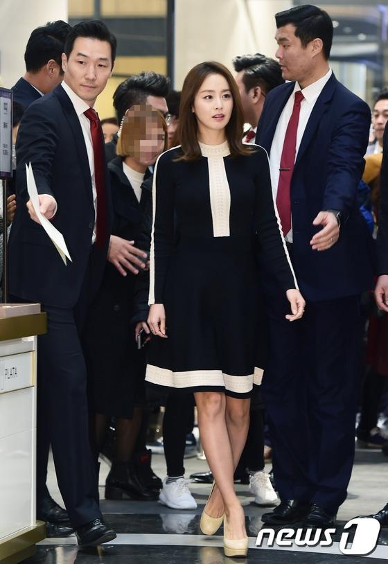 Nữ diễn viênđược ca ngợi là giai nhânđẹp nhất xứ Hàn trong 10 năm trở lạiđây.