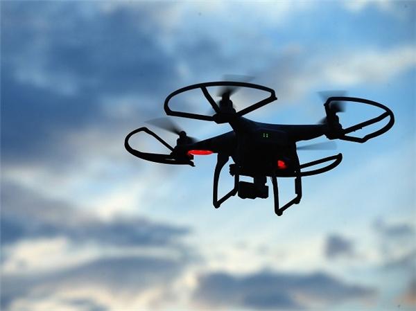 Apple sẽ sử dụng drone để cải thiện ứng dụng bản đồ Apple Maps của hãng. (Ảnh: internet)