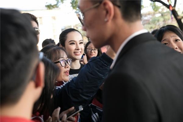 Angela Phương Trinh thổ lộ từng ương bướng, không nghe lời bố mẹ - Tin sao Viet - Tin tuc sao Viet - Scandal sao Viet - Tin tuc cua Sao - Tin cua Sao