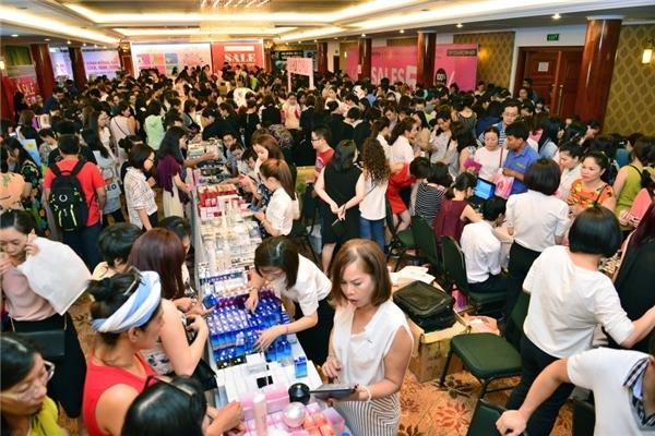 Một góc gian hàng Shiseido tại sự kiện Vstyle's Private Sale.