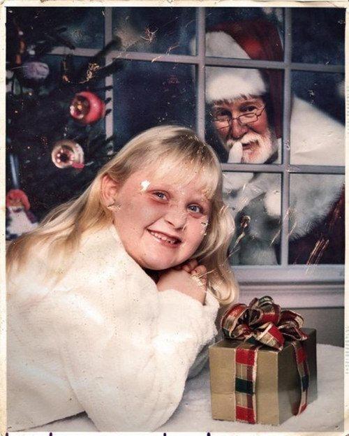 Ông già Noel luôn biết cách làm chúng cháu bất ngờ đến bật ngửa.
