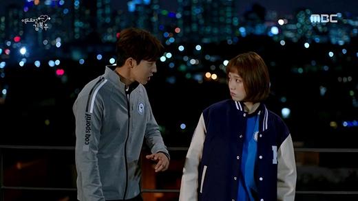 Dù là biểu cảm nào, Joo Hyuk cũng biểu cảm thật tốt, đồng thời còn rất đẹp trai.