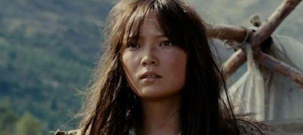 Phát sốt với nhan sắc thực của nữ siêu nhân gốc Việt thuộc Marvel
