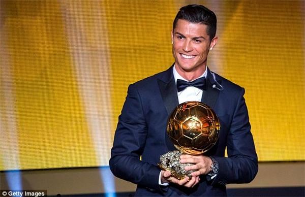 Quả Bóng Vàng năm nay sẽ về tay Ronaldo.