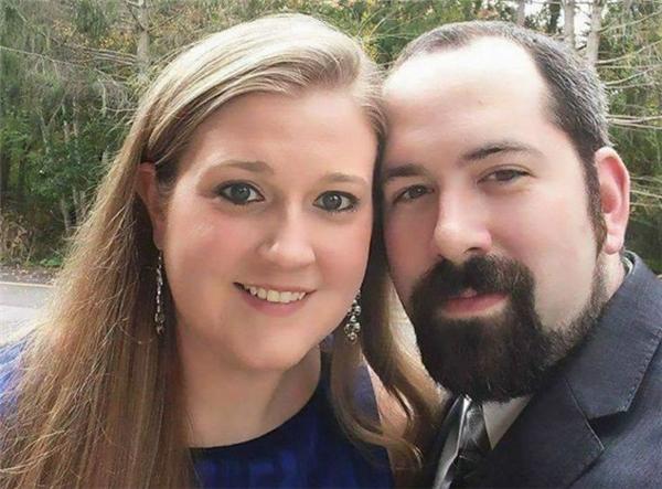 Cặp đôi đáng yêu này đang rục rịch cho đám cưới của mình.(Ảnh: Internet)
