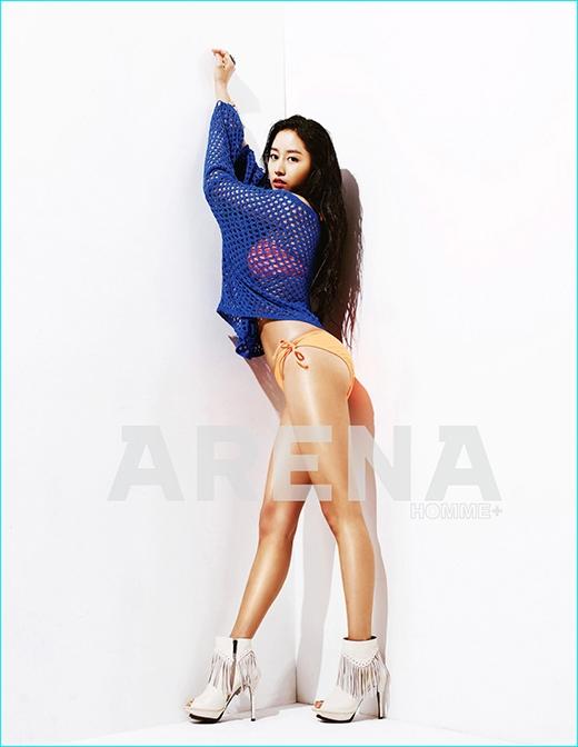 Không chỉ sở hữu gương mặt xinh đẹp mà thân hình của Jeon Hye Bin cũng gợi cảm không kém.
