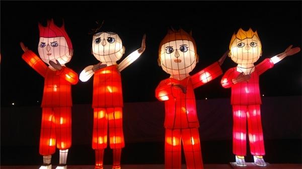 Fan EXO và SNSD phát sốt trước hình mẫu thần tượng bằng đèn lồng