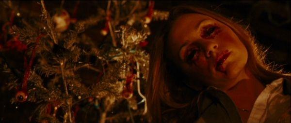 Black Christmas là tác phẩm phim đầu tiên về đề tài giáng sinh của đạoBob Clark theo mô típ kinh dị.