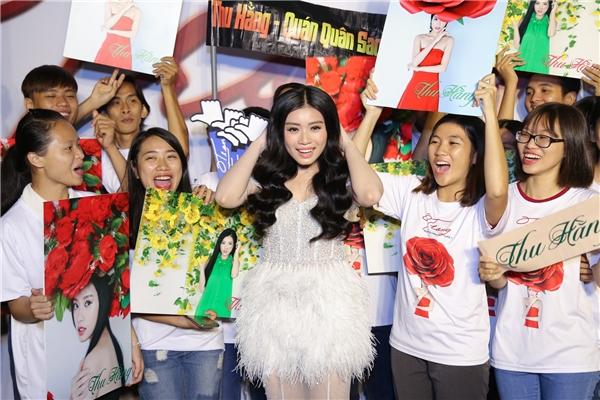 Hiện tại Thu Hằng hoạt động nghệ thuật chủ yếu ở Hà Nội, cô đang là sinh viên năm thứ 2 của trường Học viện Âm nhạc quốc gia Việt Nam. - Tin sao Viet - Tin tuc sao Viet - Scandal sao Viet - Tin tuc cua Sao - Tin cua Sao