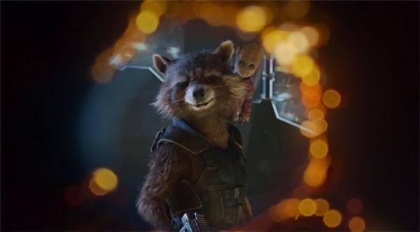 Tuy nội dung củaGuardians of the Galaxy Vol. 2chưa được hé lộ, nhưng người hâm mộ dự đoán bộ phim sẽ xoay quanh cuộc truy tìm một Viên đá Vô cực.
