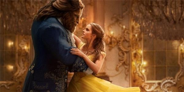 Emma Watson hứa hẹn sẽ có màn tái xuất ấn tượng với vai diễnBelletrongBeauty and the Beast.
