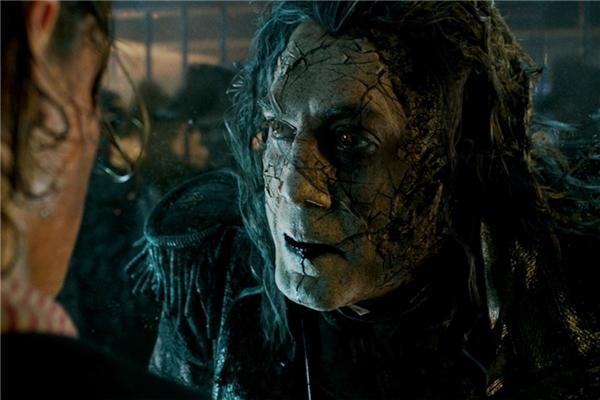 Thuyền trưởngJack Sparrowsẽ đối đầu với hồn ma thuyền trưởngSalazar(Javier Bardem).