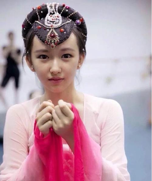 Hình ảnh của Cheng Xieo trước khi debut khiến nhiều người phải xao xuyến.