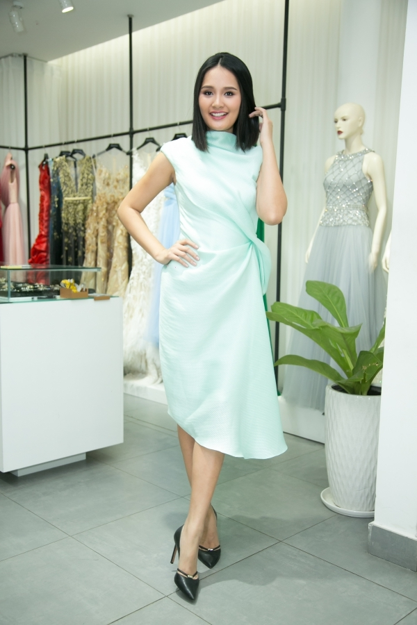 Ngỡ ngàng với thân hình mũm mĩm của Hoa hậu Hương Giang