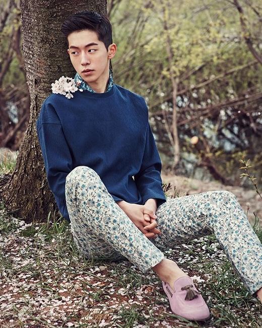 """""""Chân dài"""" Nam Joo Hyuk nhanh chóng lấy được cảm tình từ nhiều nhãn hàng và trở nên nổi tiếng."""