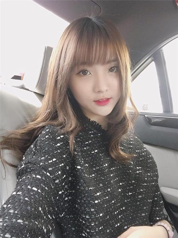 Với ngoại hình xinh xắn, giọng hát ngọt ngào và nhiều tài lẻ, Nenezsnp sở hữu lượng fan cực đông đảo trên mạng xã hội.