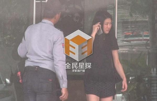 Hình ảnh Tạ Dịch Hoa bên Chung Hán Lương từng bị tung ra vào năm ngoái.