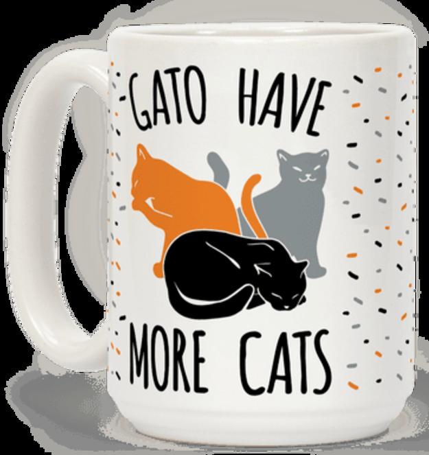 Một chiếc cốc phản ánh ước mơ của những người cuồng mèo: càng nhiều mèo càng tốt.