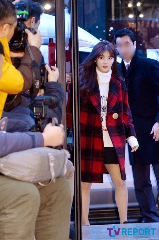 Nữ thần Kim Yoo Jung mang vẻ rạng rỡ Mây hoạ ánh trăng đến với fan