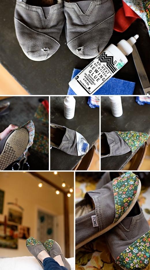 """Cắt vải quần áo cũ để khâu lên mũi giày bị thủng. Vừa vá chỗ hỏng lại vừa làm đôi giày """"cổ"""" trông bắt mắt hẳn."""