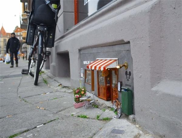 Một cửa hàng dành cho chuột được tạo ra trên đường phố Thụy Điển.