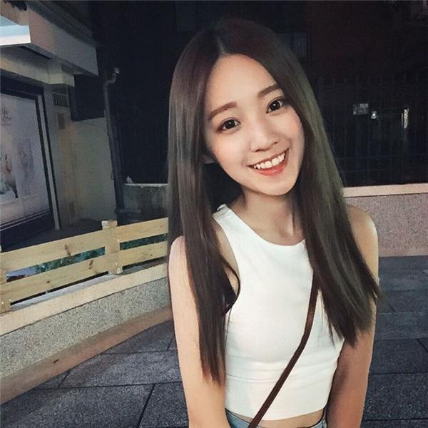 Vẻ đẹp của cô gái này có thể khiến bất cứ chàng trai nào cũng ngơ ngẩn