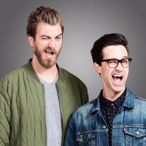 Đứng cuối trong danh sách này là Rhett và Link. Được biết, họ sở hữu kênh YouTube chuyên về các chương trình giải trí và các bài hát vui nhộn được rất nhiều người yêu thích.