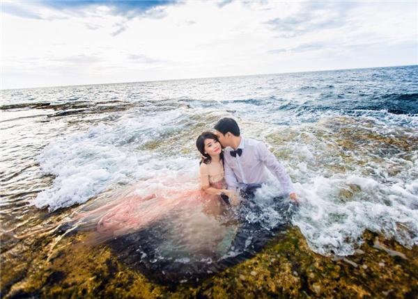 Đám cưới của cặp đôi với mối nhân duyên 10 năm này đã chính thức được tổ chức tại Sài Gòn vào ngày 10/12 vừa qua.(Ảnh: NVCC)