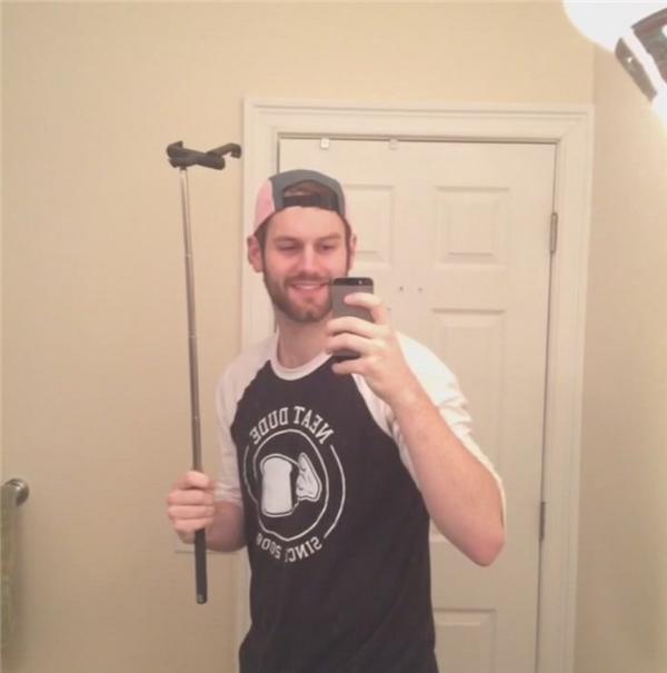 Định nghĩa mới của gậy tự sướng: chiếc gậy để cầm và tự sướng cùng.