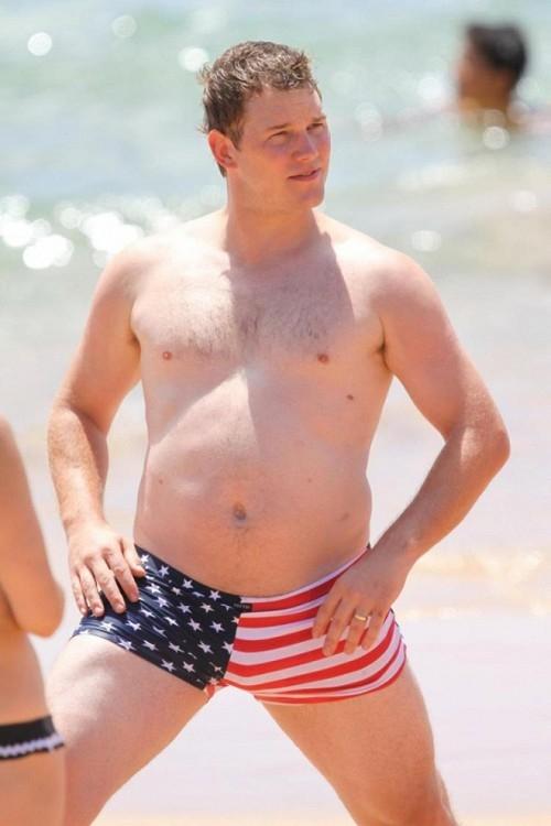 Chris Pratt trước kiacó thân hình béo ú, mập mạp và thiếu cơ bắp.