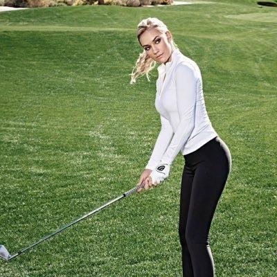 Tuy nhiên, không quan tâm đến những lời đồn đại,nữ golf thủ trẻ này đã không ngừng tập luyện để thể hiện tài năng cũng như khẳng định kỹ thuật chơi golf của mình.
