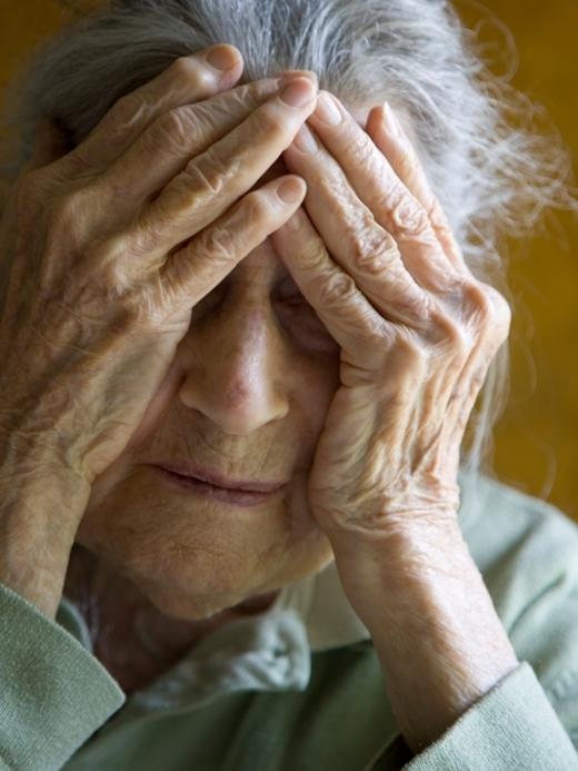 Bên cạnh đó, nghiên cứu cho biết44% bệnh nhân của hội chứng trên gặp gia đình của mình ít thường xuyên hơn so với trước khi được chẩn đoán bệnh. (Ảnh minh họa)