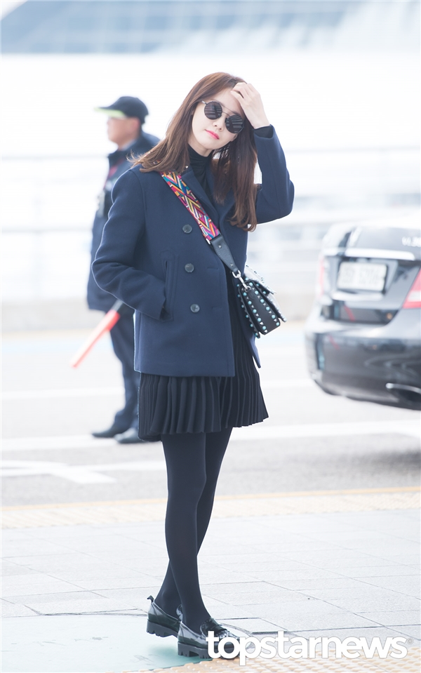 Taeyeon và Yoona rạng rỡ đọ sắc tại sân bay