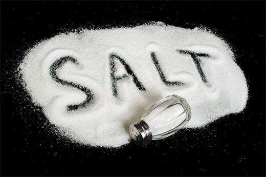 Hạn chế muối là hạn chế mỡ, nhớ nhé!