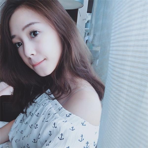 Bạn gái tin đồn của Phan Thành bị phát hiện nhan sắc khác thường