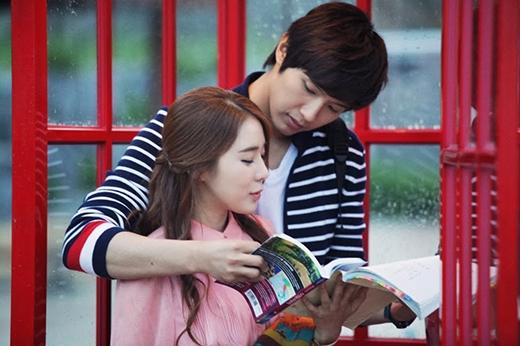 """Yoo In Na từng """"phim giả tình thật"""" với bạn diễn Ji Hyun Woo trong Queen Inhyun's Man."""